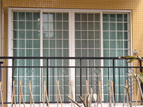 关于窗户护栏风水注意事项